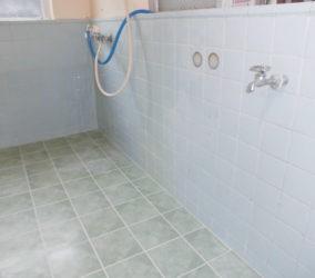 浴室浴槽撤去、タイル補修