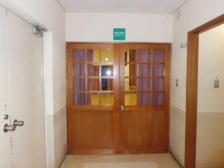 沖縄 リフォーム ドア