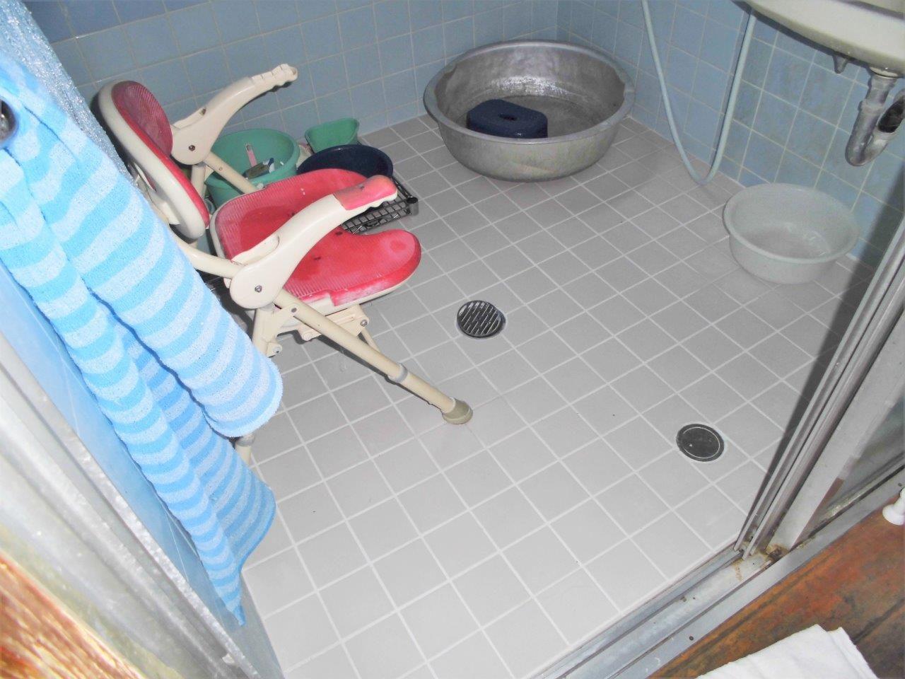 沖縄 リフォーム 浴室 タイル