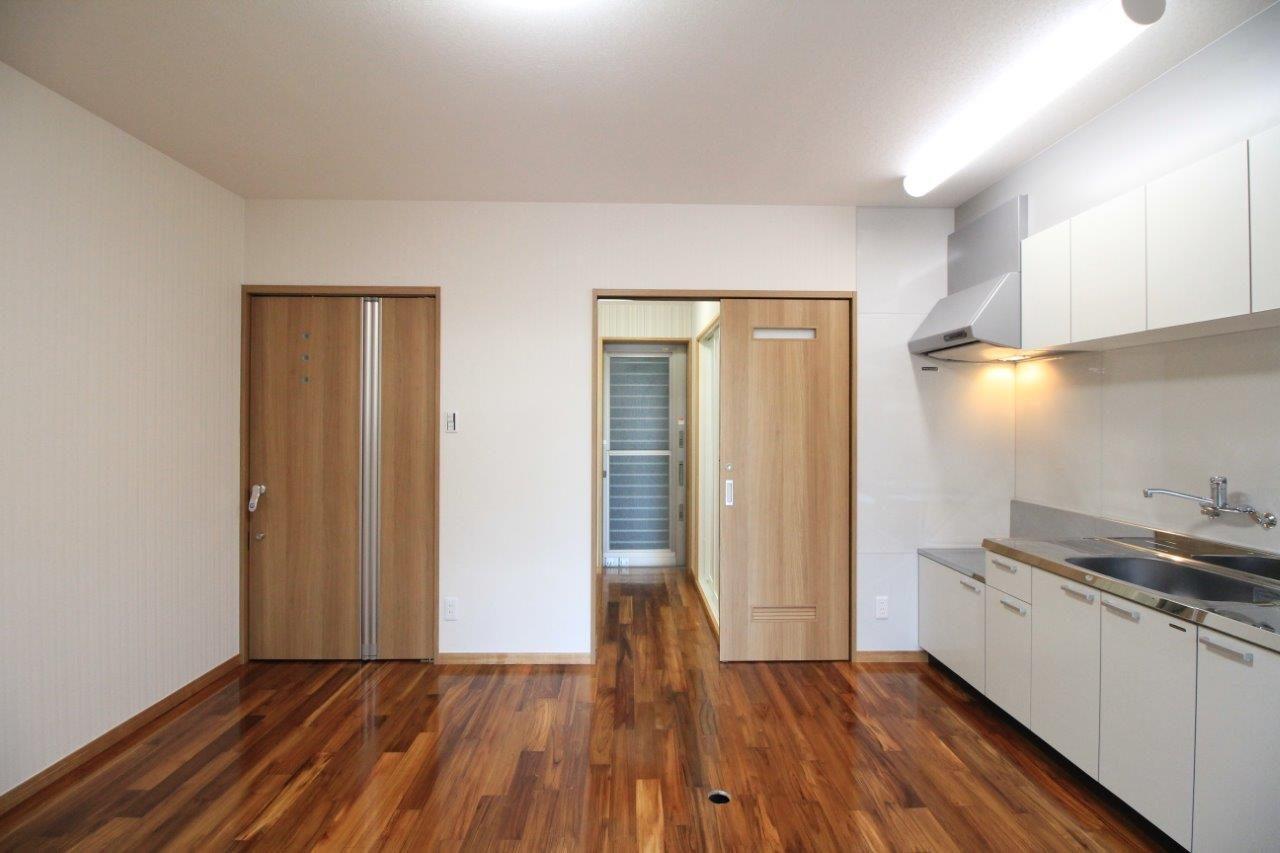 沖縄 リフォーム 二世帯住宅 増築 和室 水まわり 玄関 駐車場
