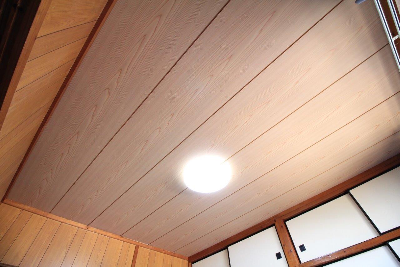 沖縄 リフォーム アパート 天井 補修 浴室 タイル