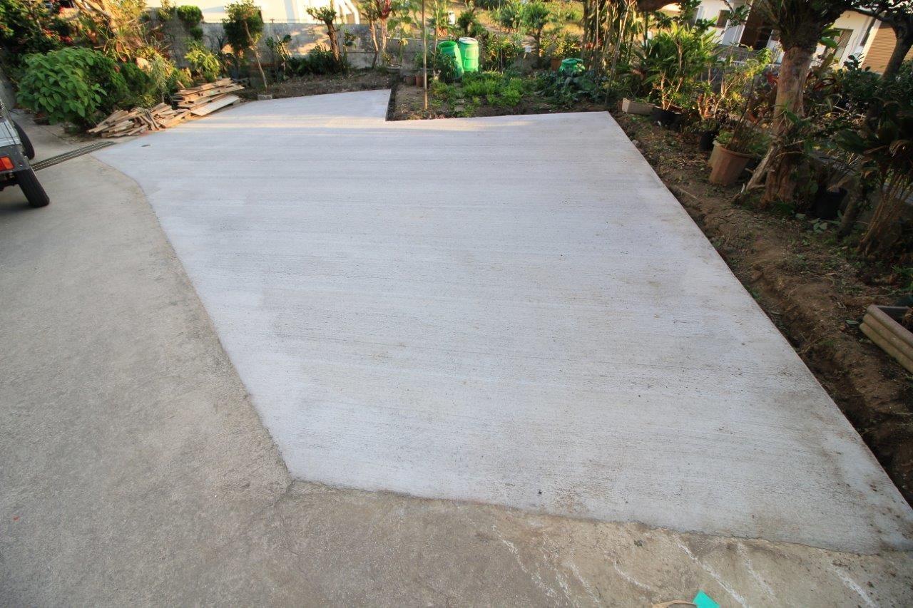 沖縄 リフォーム 駐車場 コンクリート打設 土間打ち