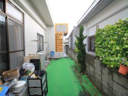 Before 中庭に部屋を増築リフォーム