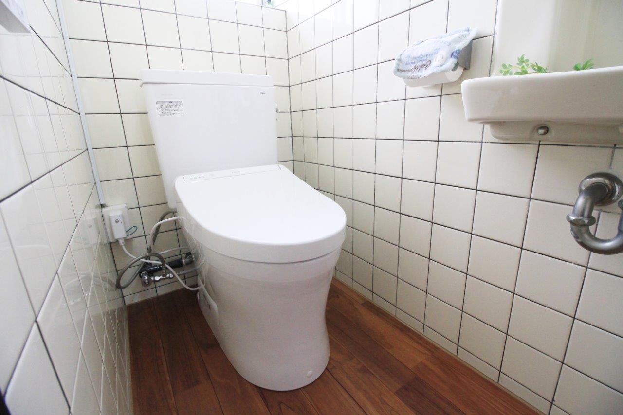 トイレ 床 便器 ドア