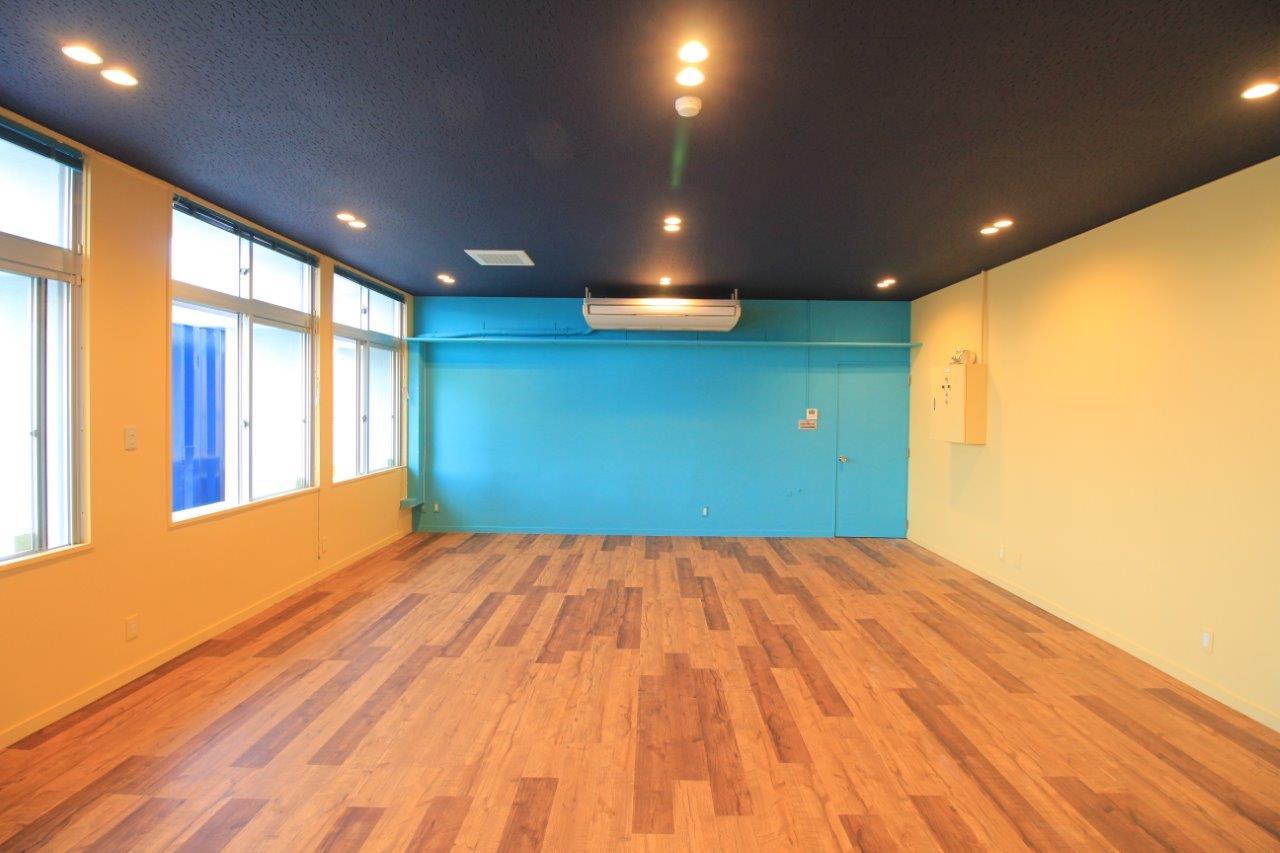 店舗 床 デコクリック 塗装 改修 沖縄 リフォーム