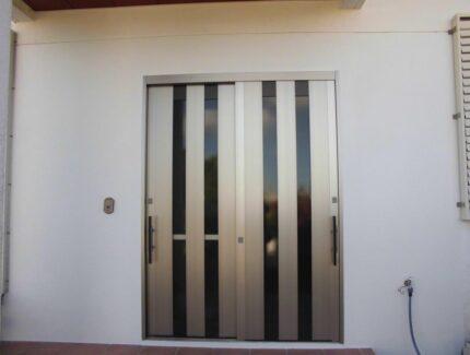 After 玄関ドアの取替え