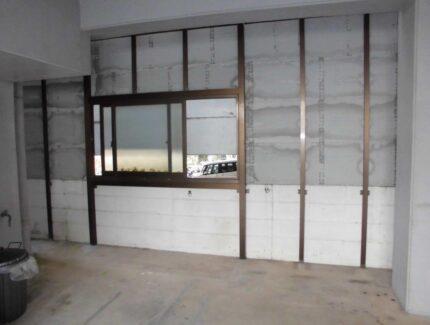 Before 駐車場の外壁リフォーム