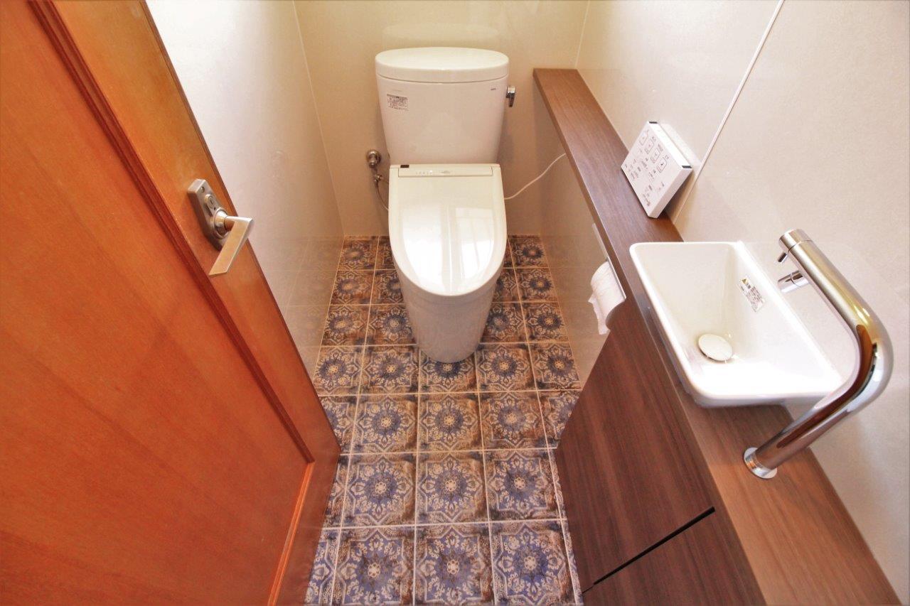 トイレ 便器 タイル パネル カウンター 沖縄 リフォーム