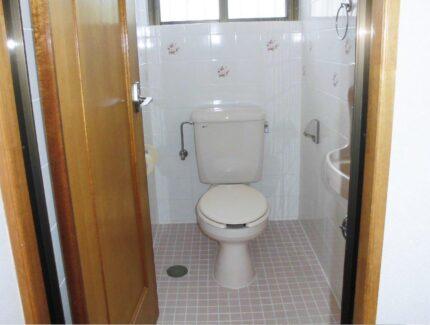Before トイレのリフォーム